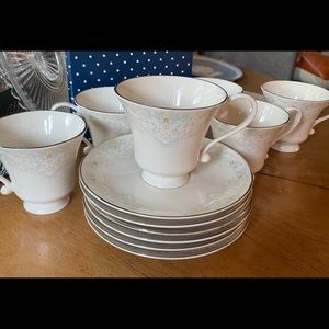 Vintage Pickard fine china tea cups and saucers